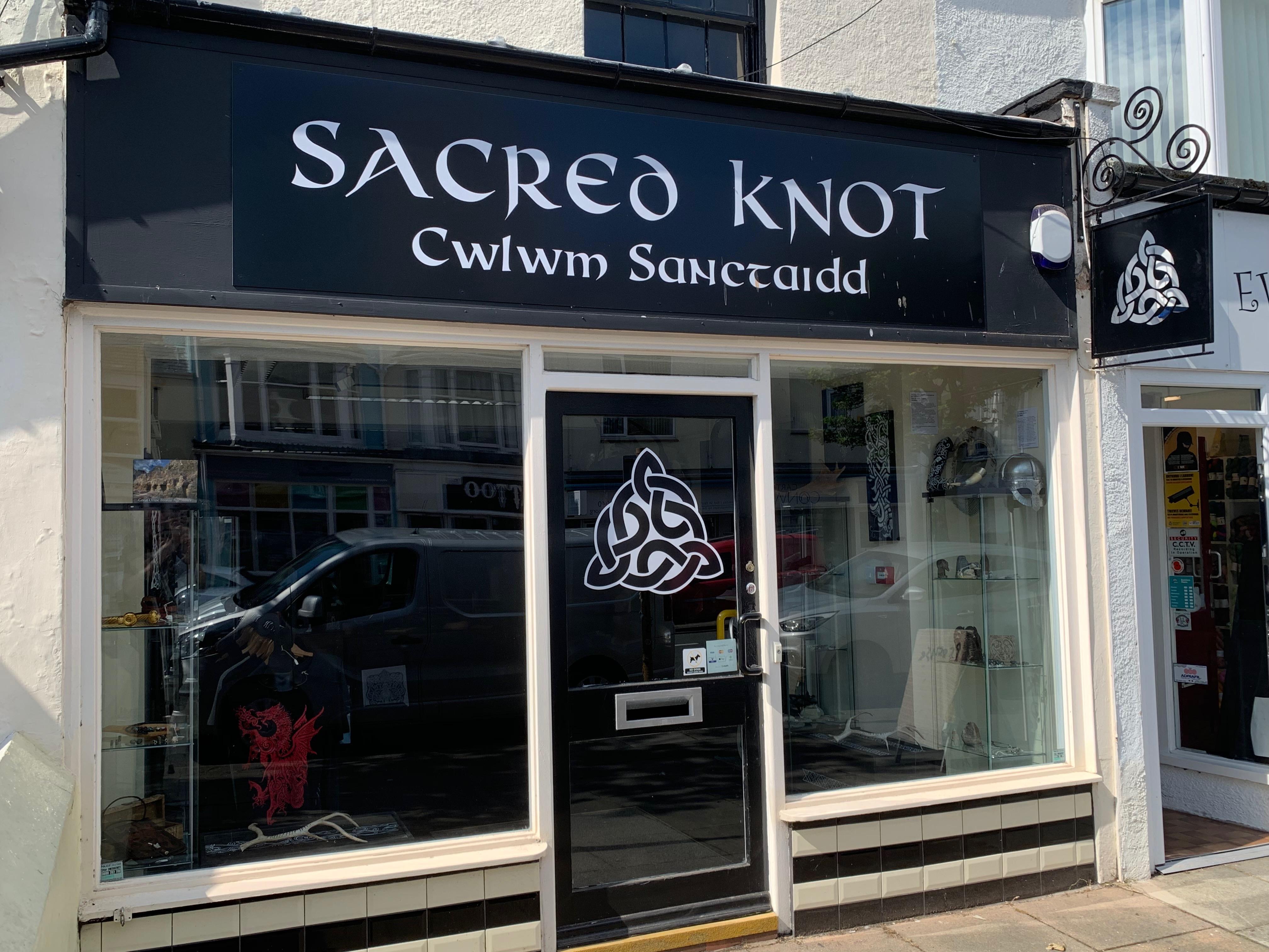 Sacred Knot Tattoo llandudno, Wales