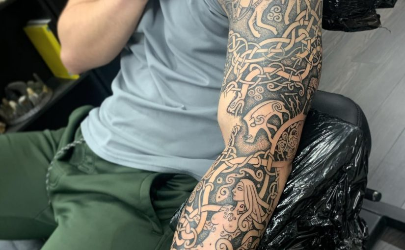 Celtic welsh sleeve by Sean parry of sacred knot tattoo. Mabinogion